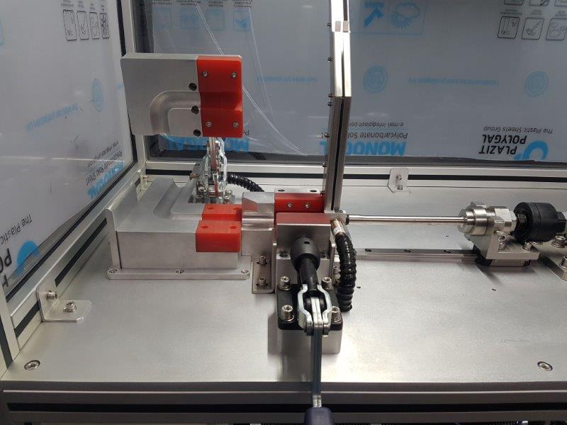 Máquinas e equipamentos industriais