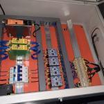 Montagem de painel eletrico